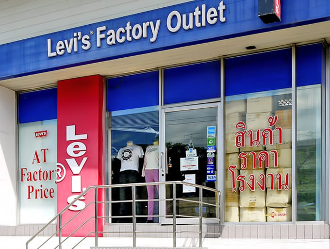 Levi's Factory Outlet-min