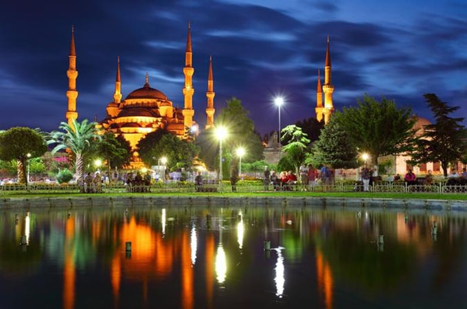 istanbul-by-night-turkish-dinner-and-show-in-istanbul-119876-min