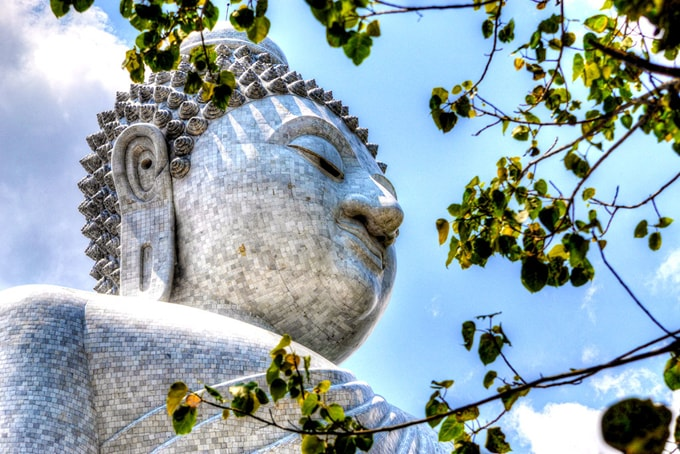 big-buddha-of-phuket-min