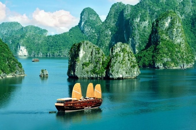 vinh ha long-min
