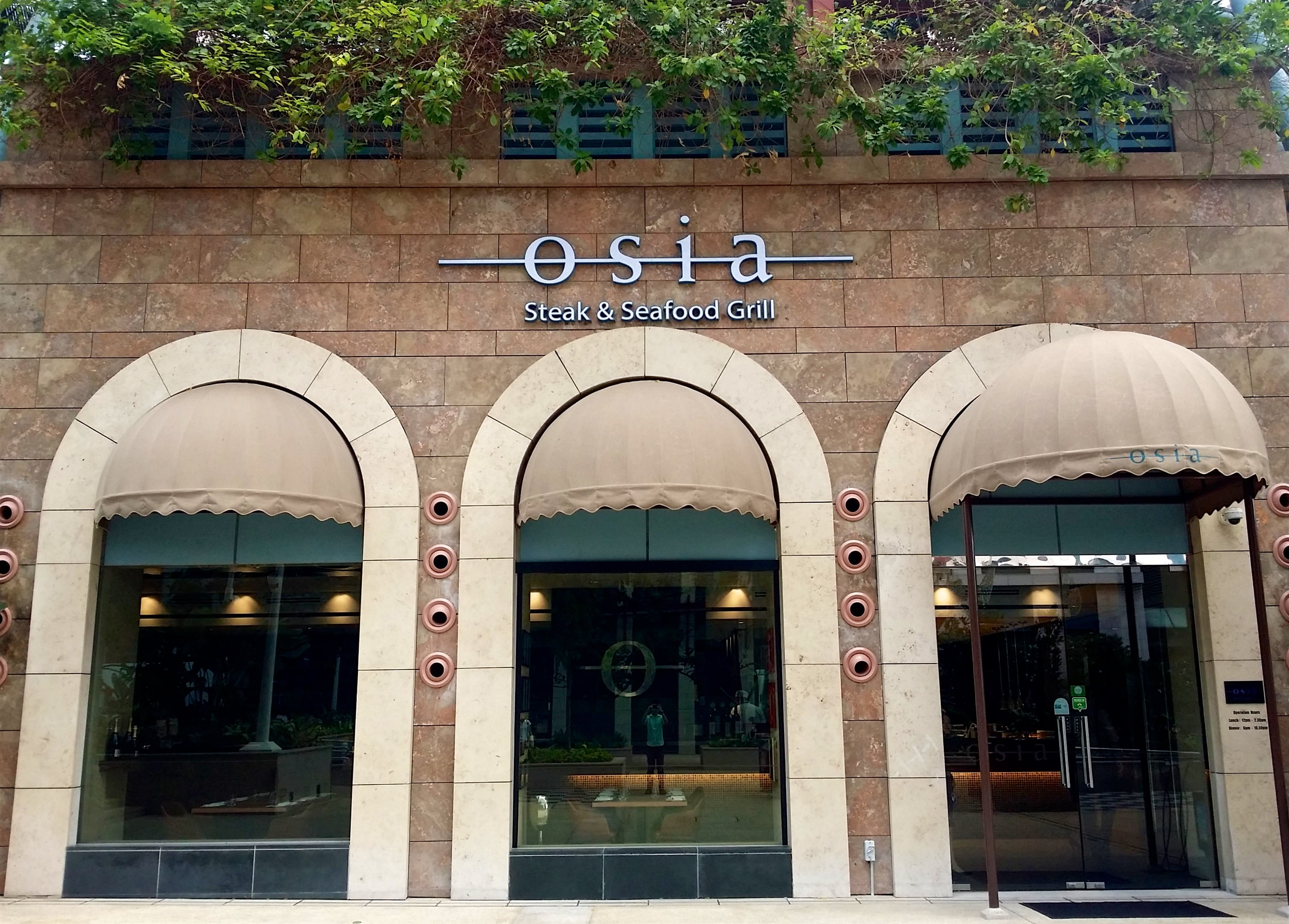 osia-steak-and-seafood-grill-min-1