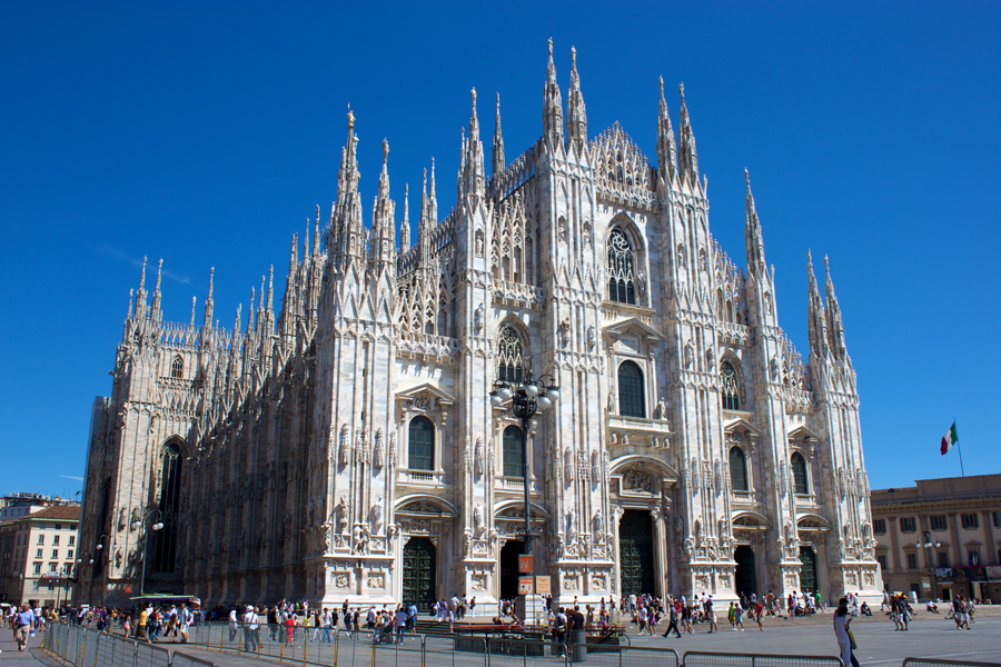 gothic-cathedral-in-milan